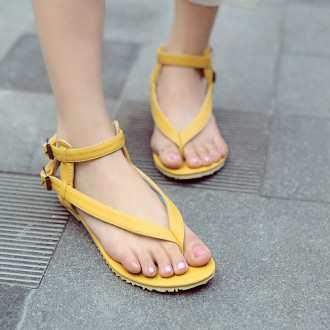 Яке взуття носити з довгою спідницею влітку e7c1257bbe4ef