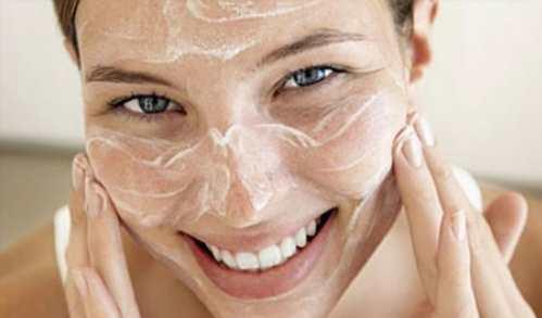 Суха шкіра обличчя вимагає певних правил догляду за собою. На жаль 9a28d279d5366